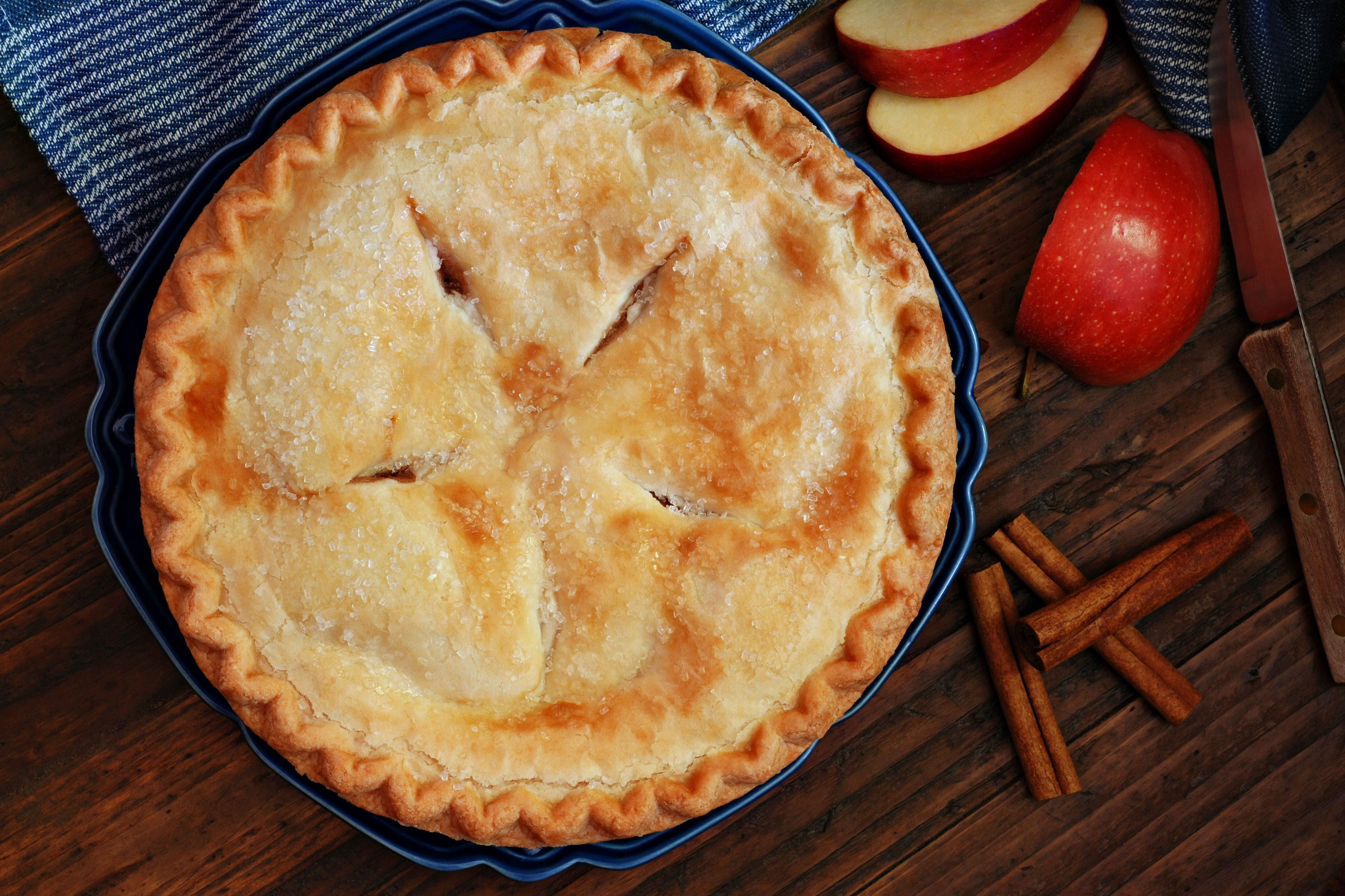 9 Mouth-Watering Apple Recipes For Every Season