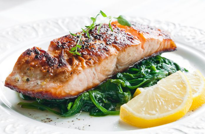 Roasted salmon with spinach