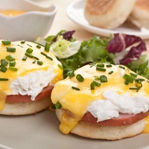 Low-Fat Eggs Benedict