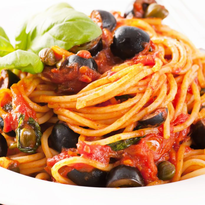 Healthy Pasta with Puttanesca Sauce