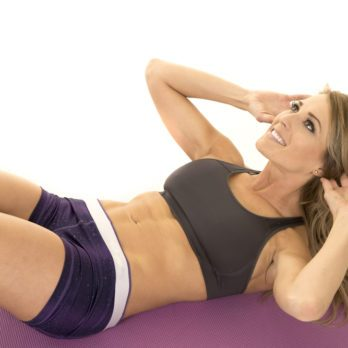 How to Tone Your Abs With Crunches
