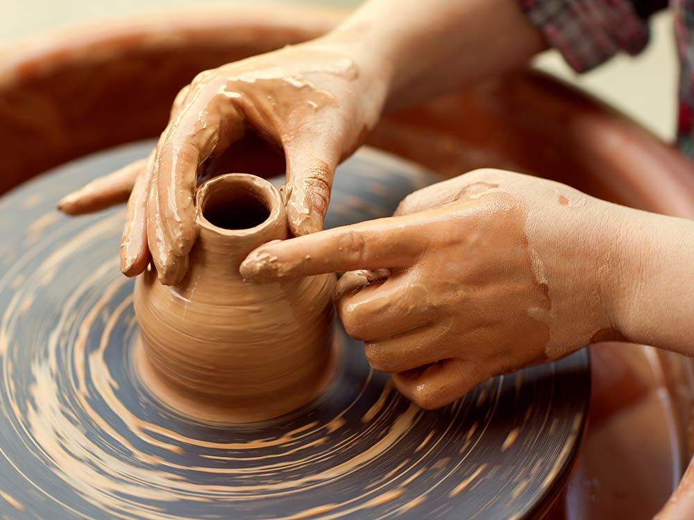 Use corks to prevent pottery scratches