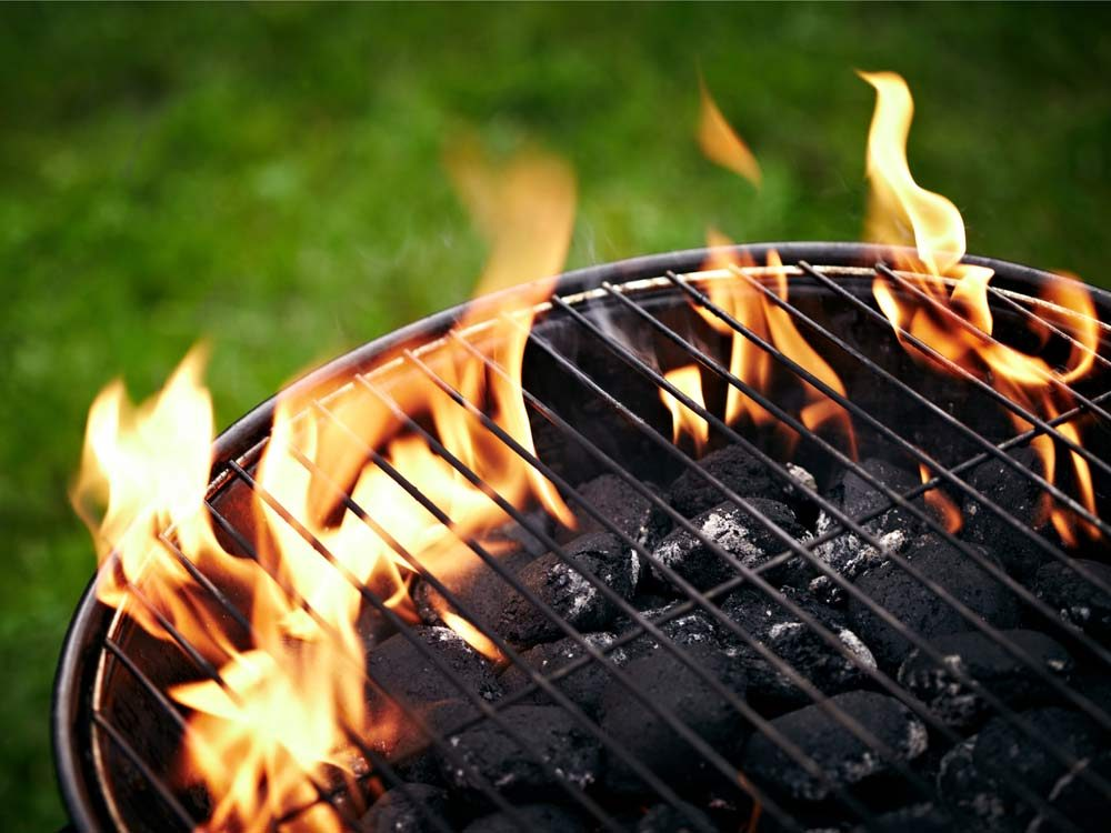 Charcoal grill for barbecue