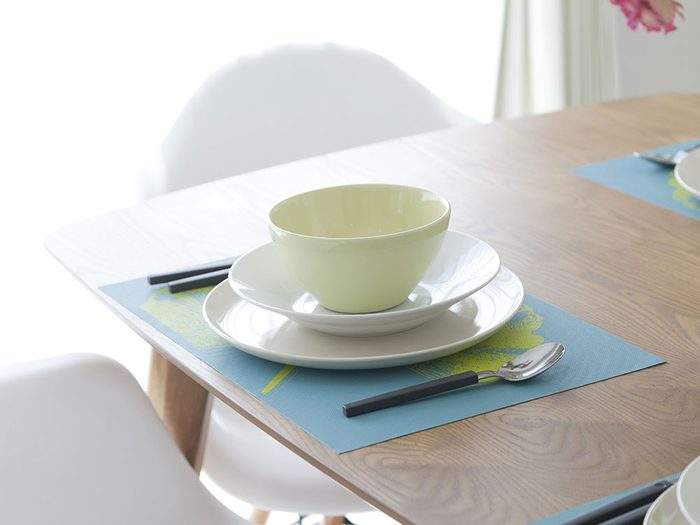 Use a clipboard to hang placemats