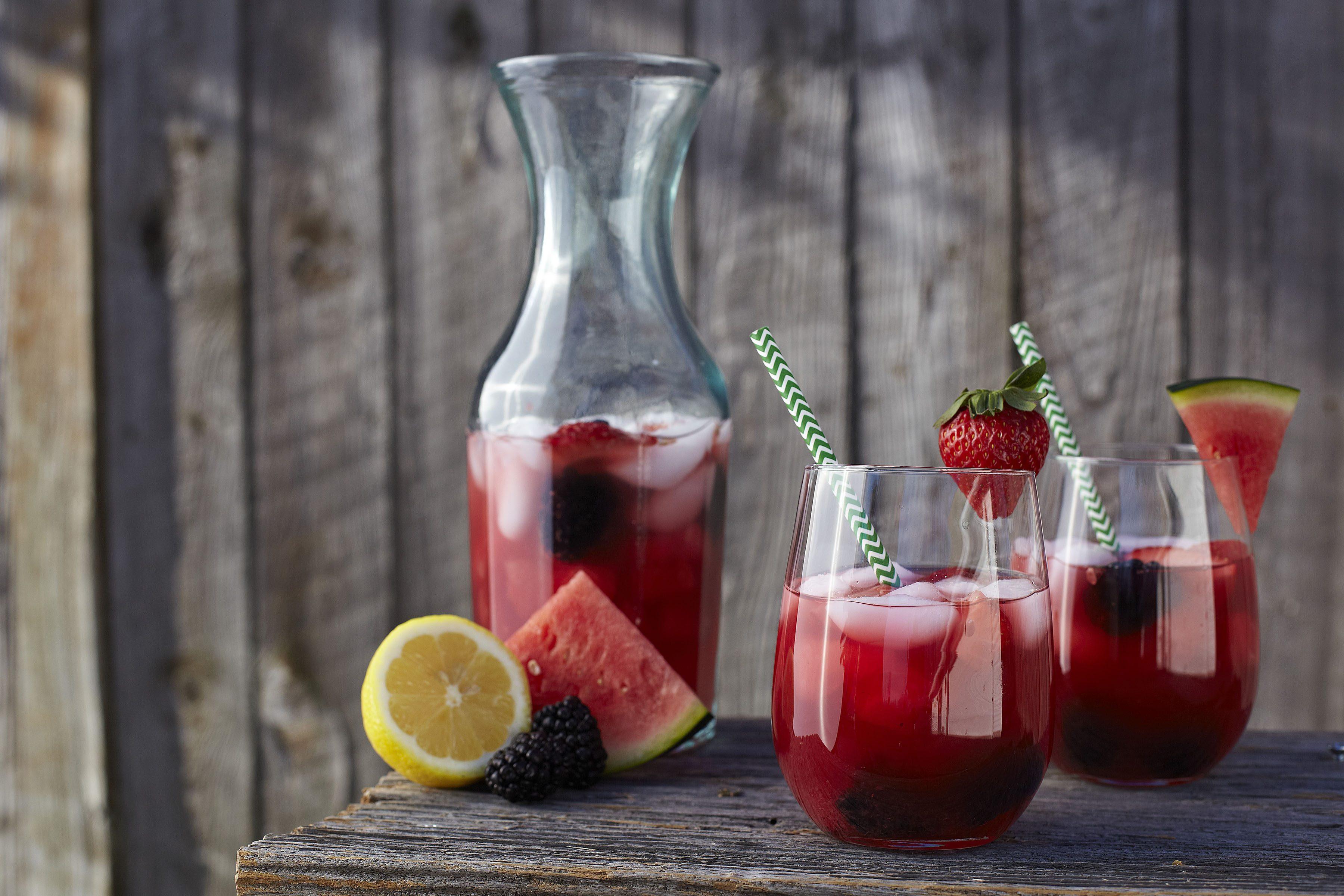 watermelon-champagne-sangria