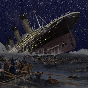 Titanic facts - Painting of Titanic disaster
