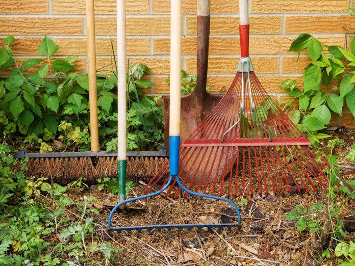 Long-handled garden tools