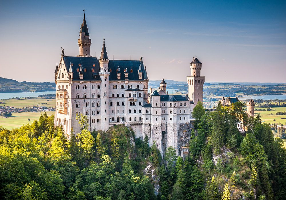 Visiting Neuschwanstein is one of the top things to do in Munich