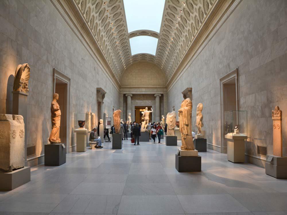 new-york-city-attractions-metropolitan-museum-of-art