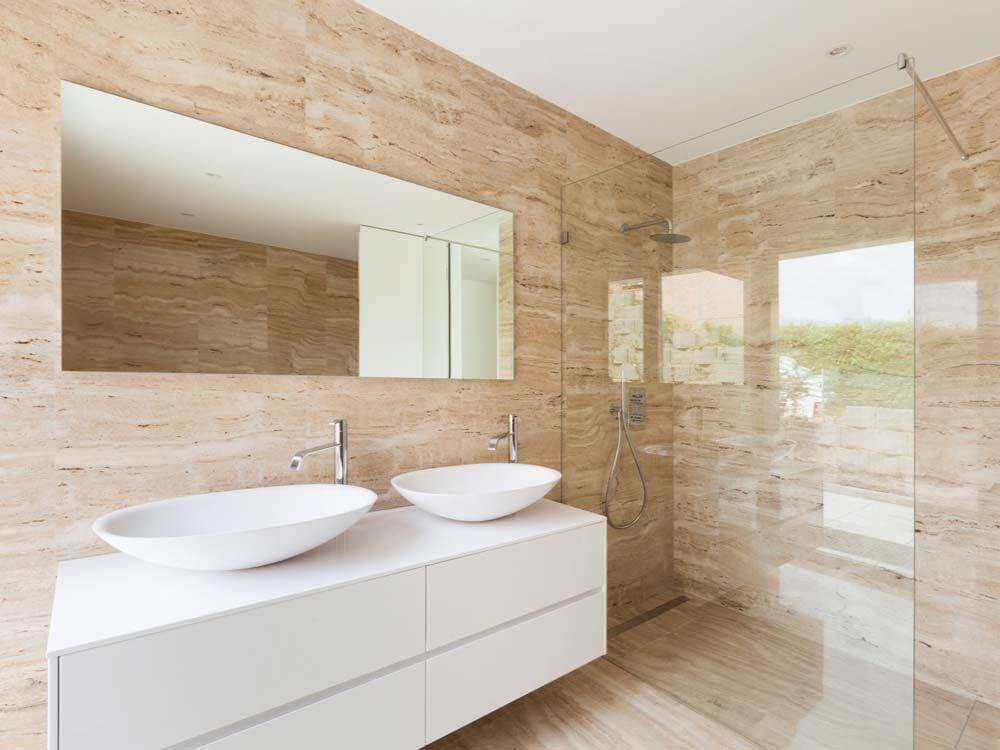 Modern bathroom with marble walls