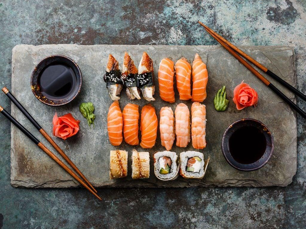 Thưởng thức sushi ở Vancouver