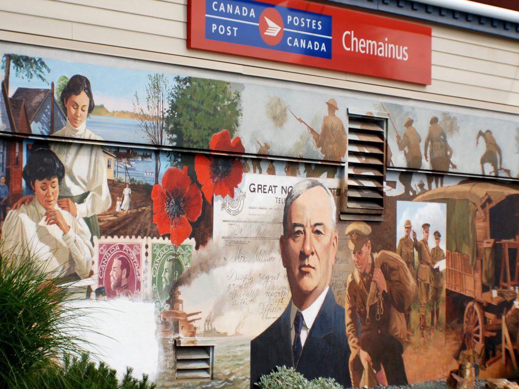 """Post office mural in Chemainus (""""Muraltown""""), British Columbia"""