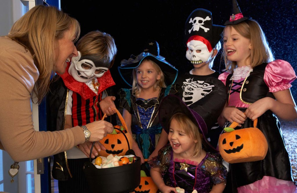 Kids trick-or-treating on Halloween