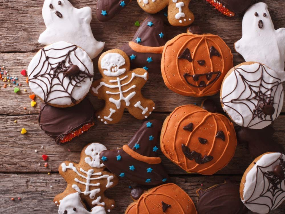 Halloween ginger biscuits