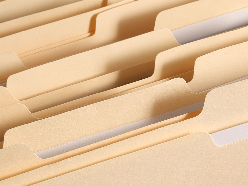 Organize documents when selling a used car