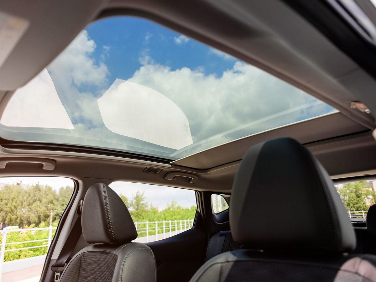 Mistakes that can devalue your car - aftermarket sunroof in car