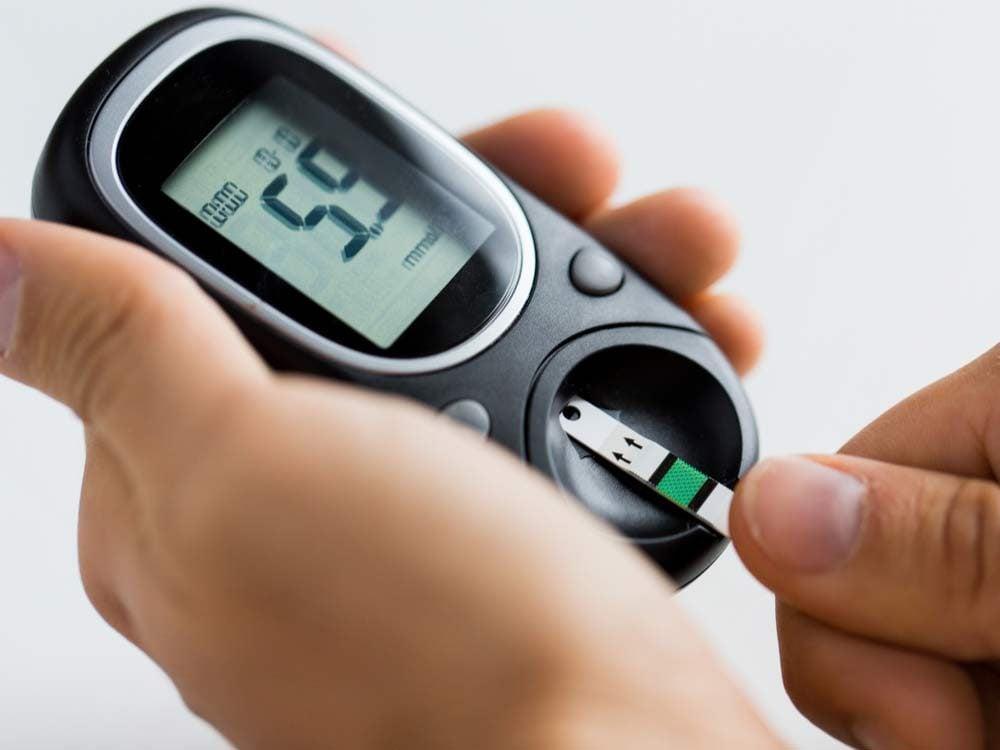 Measure blood sugar levels