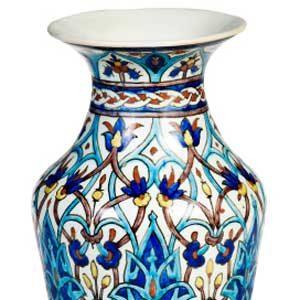 2. Line a Cracked Flower Vase