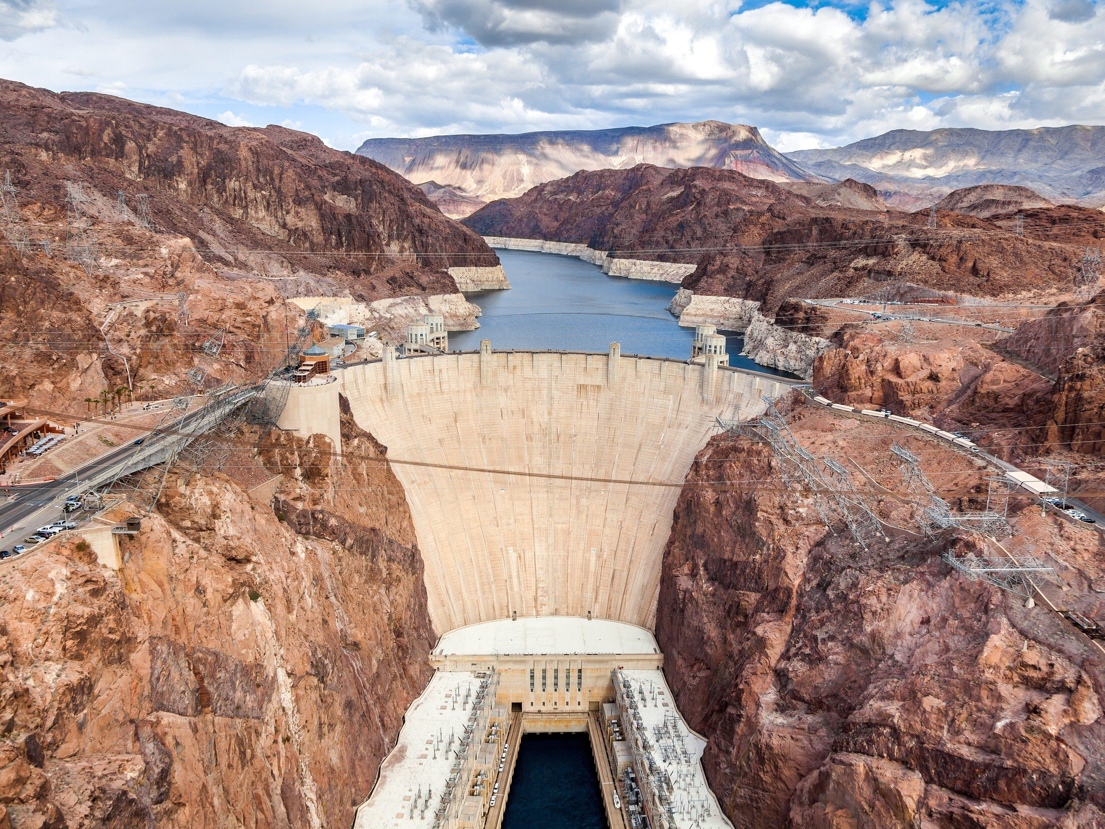 10 Amazing Reasons to Visit Las Vegas: The Hoover Dam