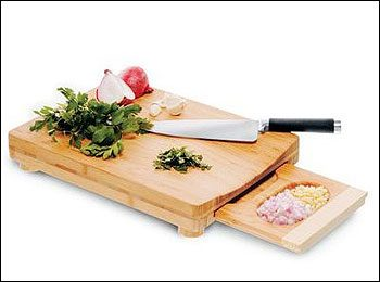 'Chop & Serve' Cutting Board