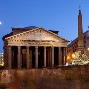3. Visit  The Pantheon