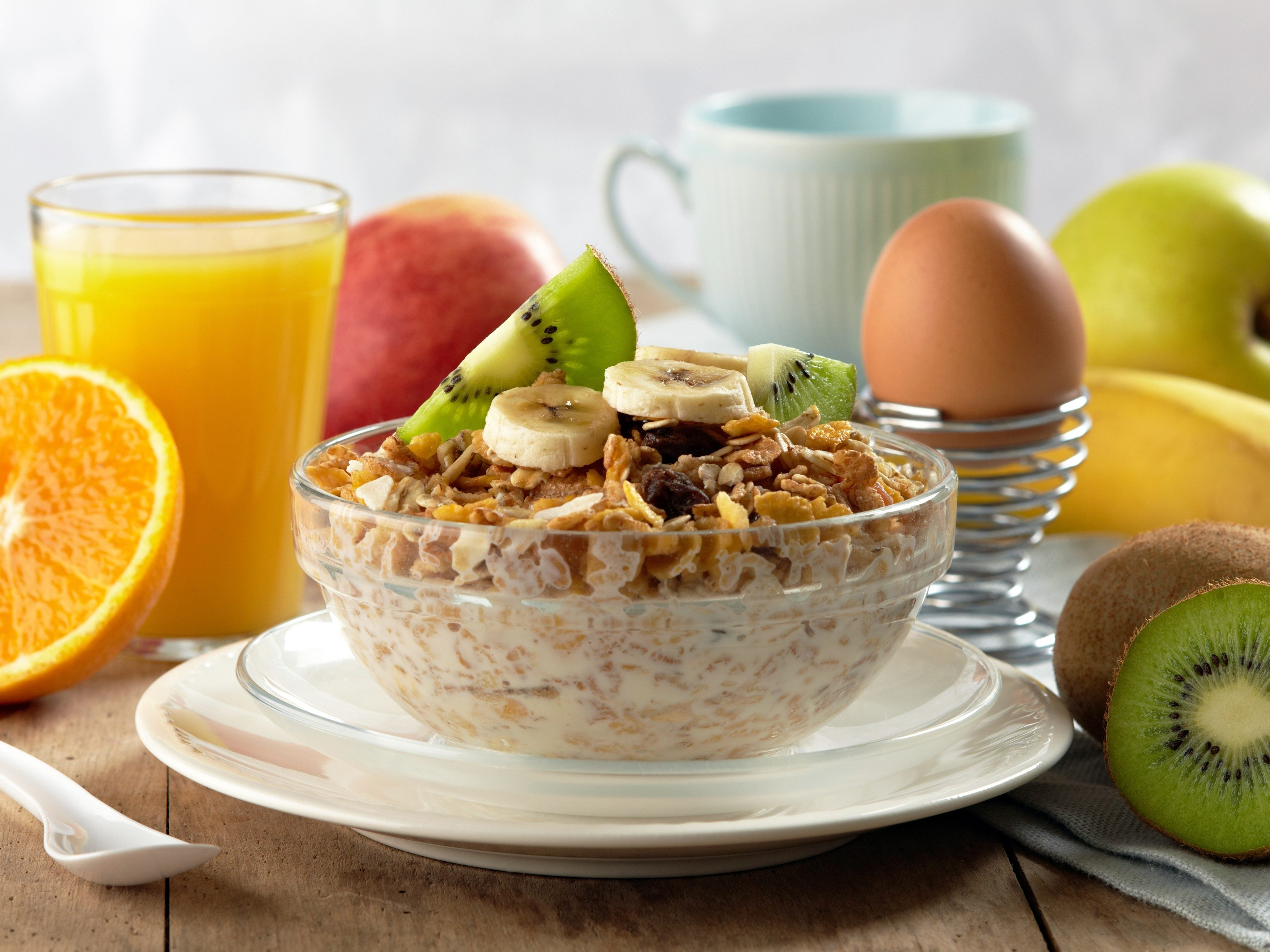 Foods That Can Help Prevent Gum Disease: Whole Grain Cereal with Milk and Orange Juice