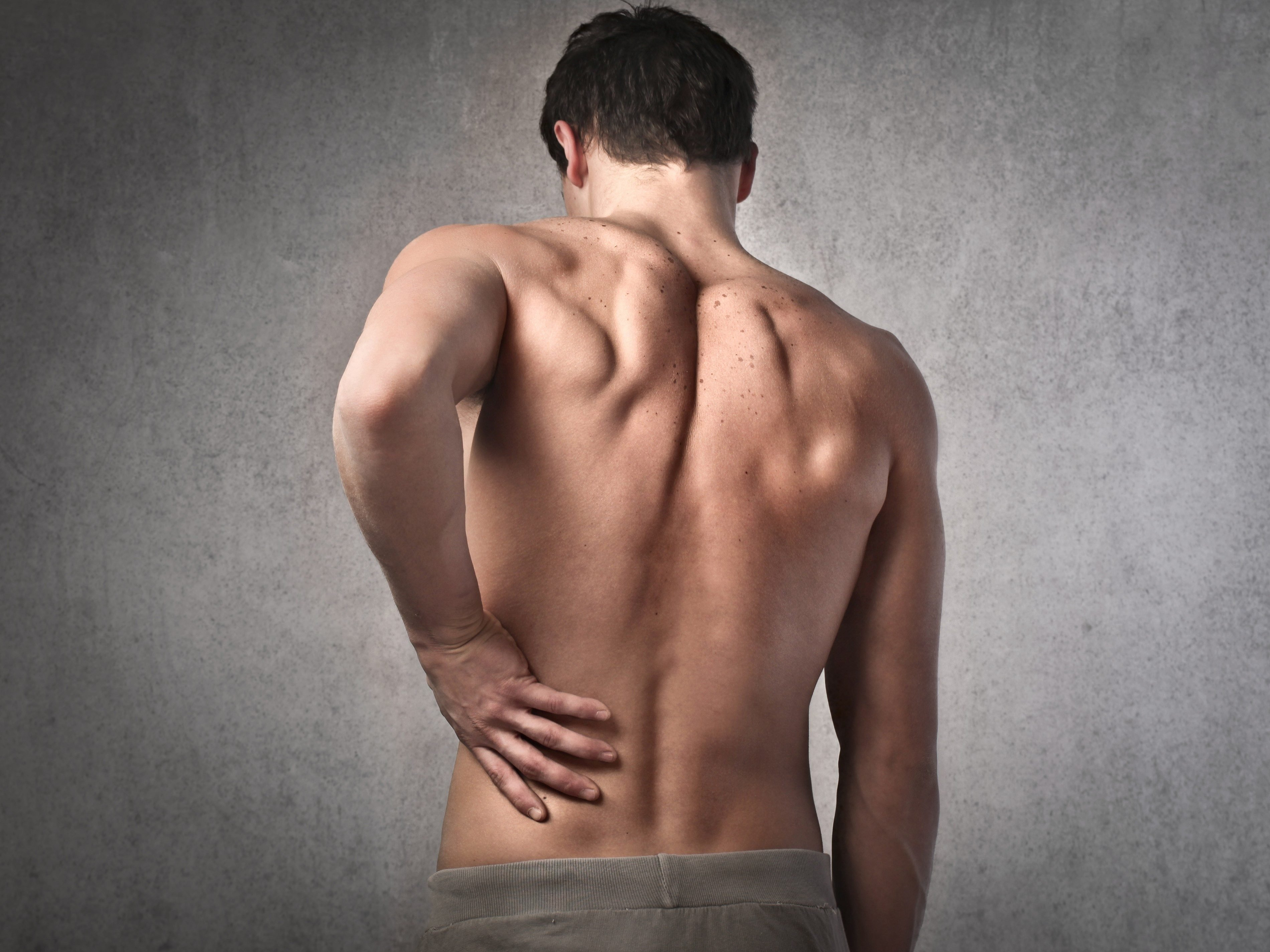 3 NATURAL BACK PAIN RELIEVERS