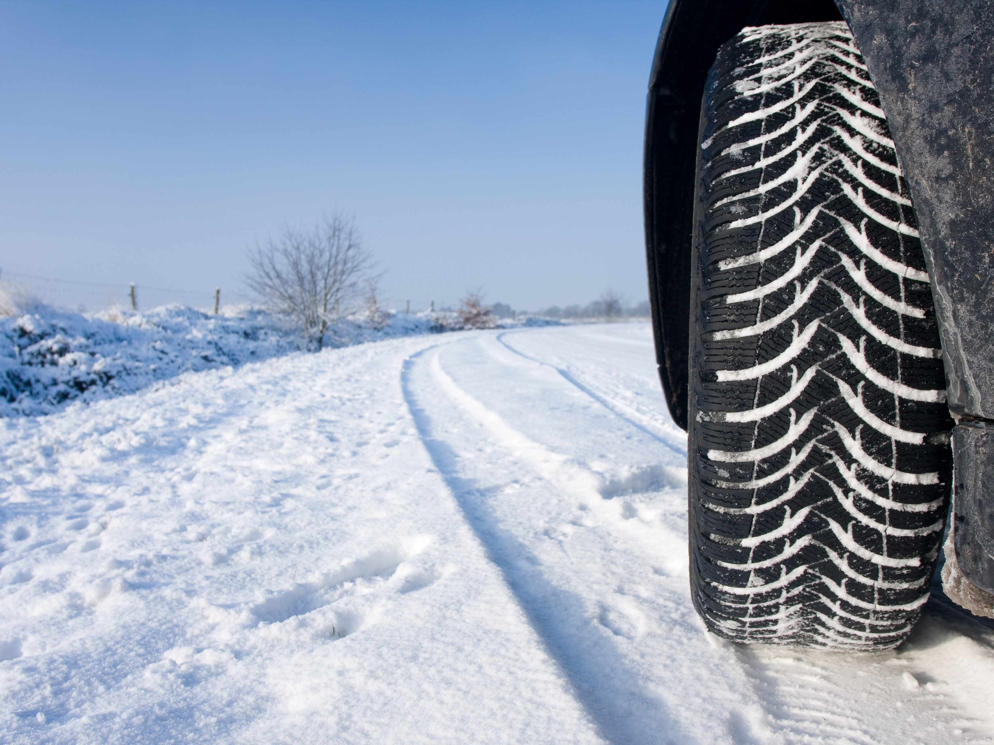 4 Quick Car Maintenance Checks for Winter Driving
