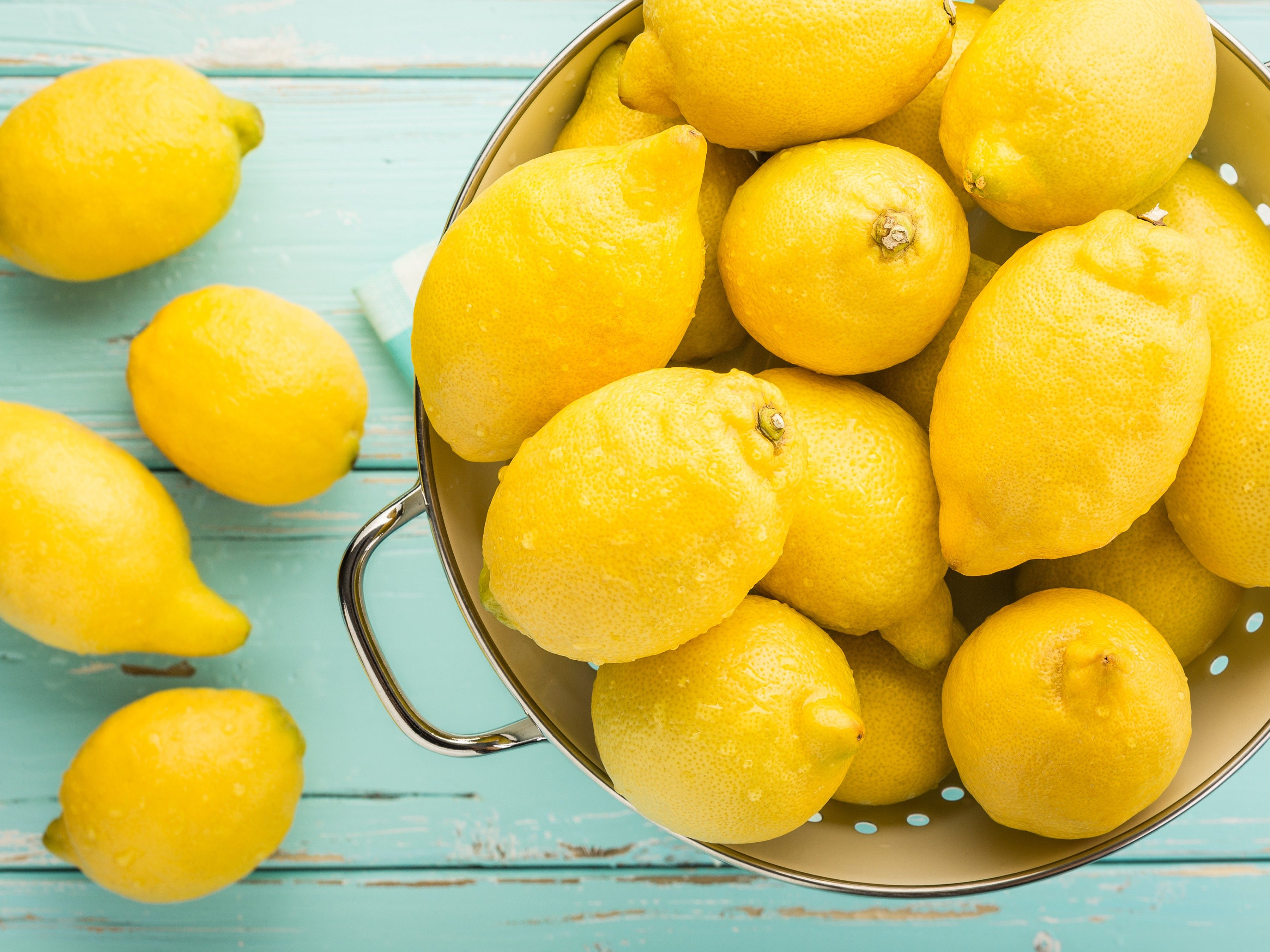 5 New Household Uses for Lemons