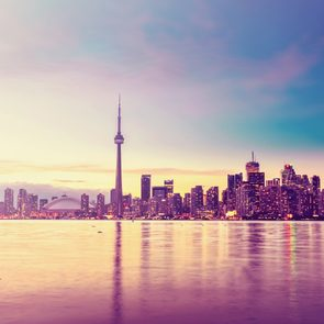 <h4></noscript>50 Ways to Fall in Love With Toronto</h4>