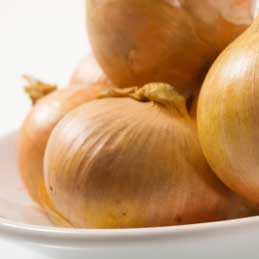 Store onions in cut-off bundles