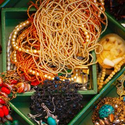 2. Prevent Jewelry-Chain Tangles