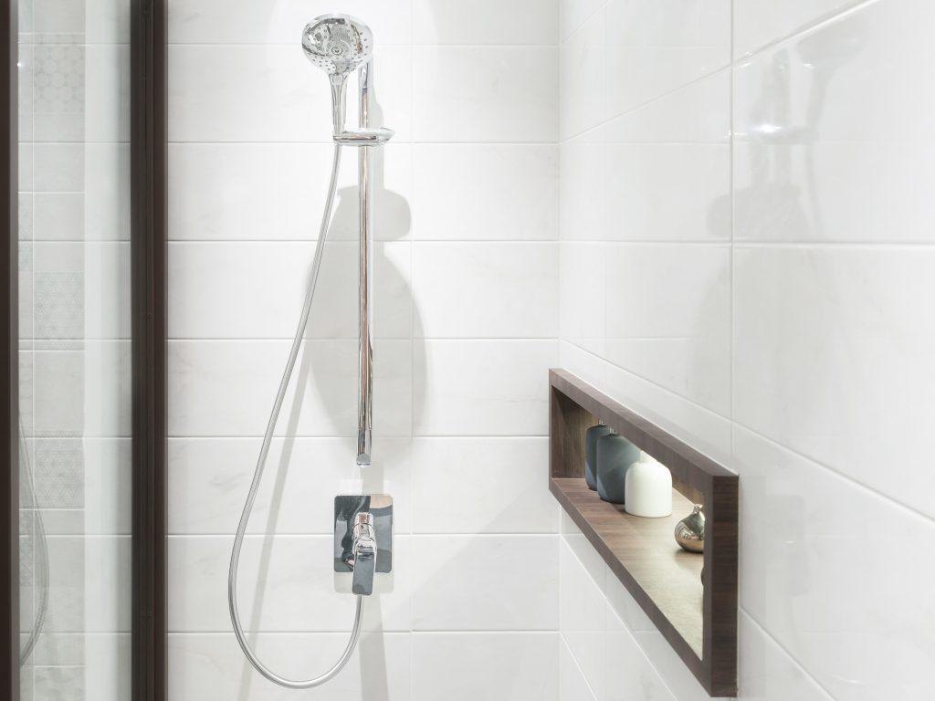 Uses for ammonia - clean bathroom tiles