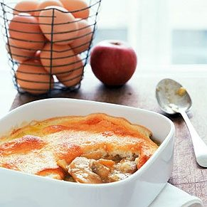 Apple Cheese Omelette