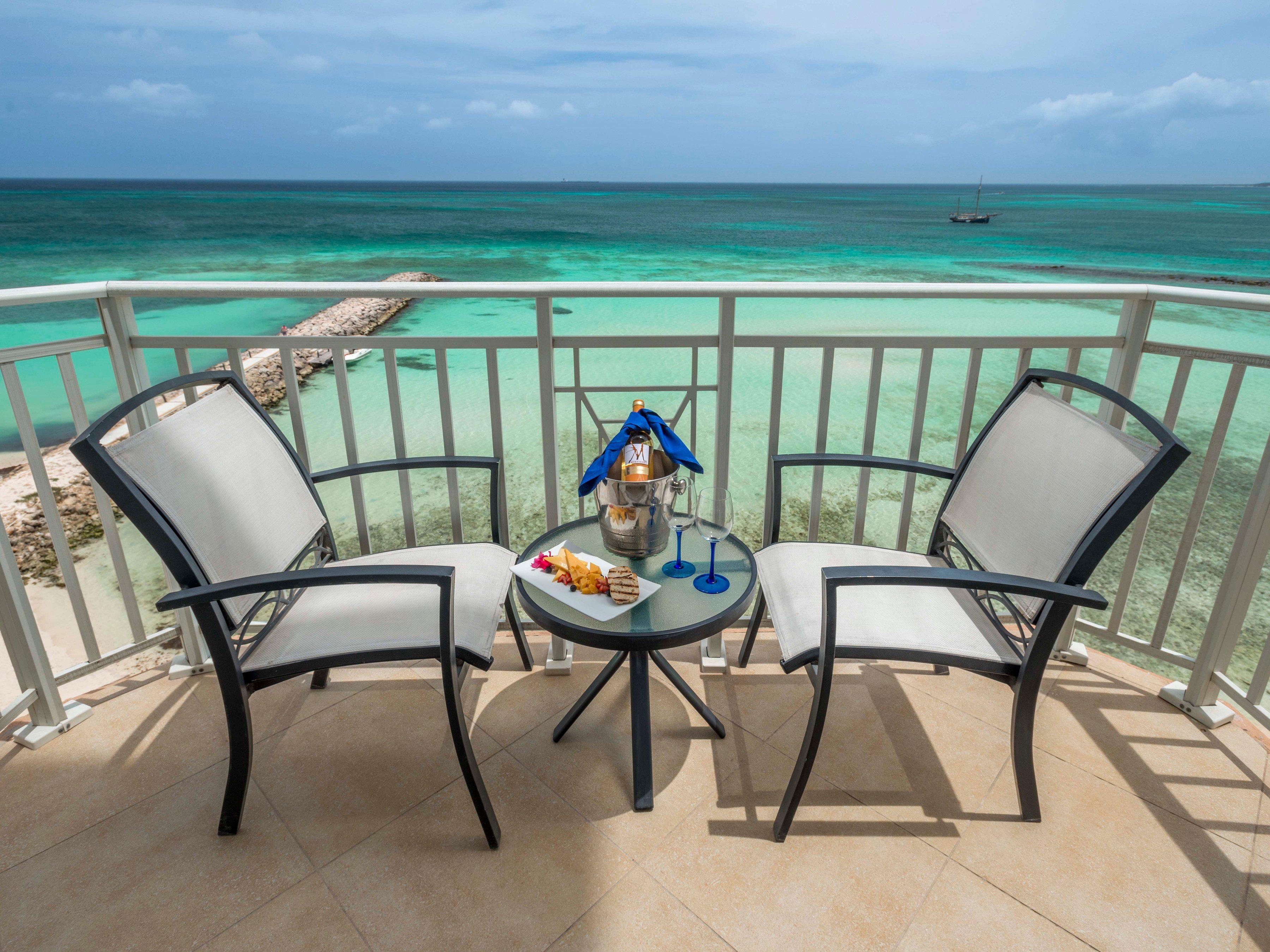 Divi Phoenix Beach Resort in Aruba
