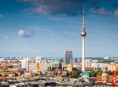 Middle of the Road: Berlin, Germany