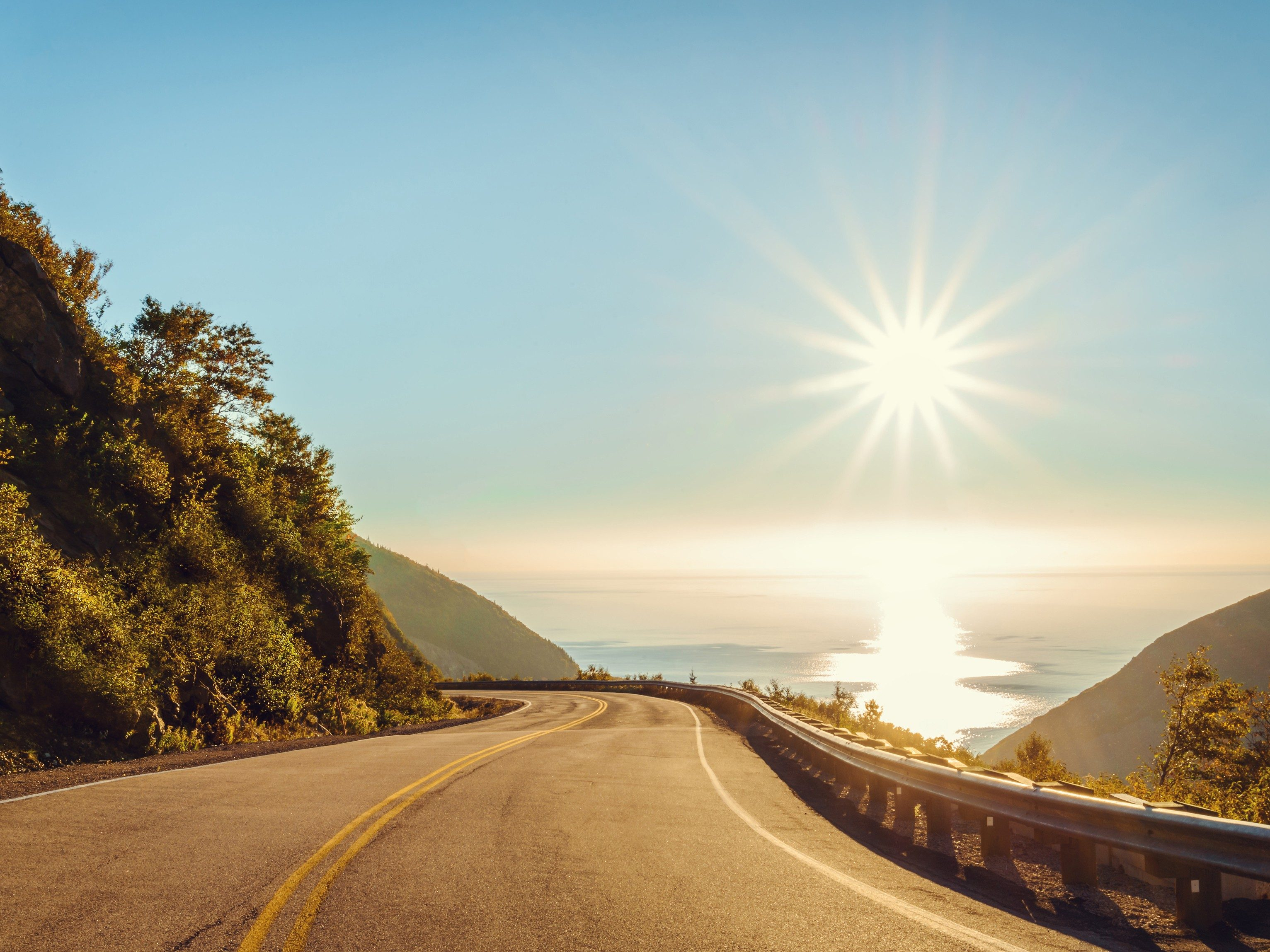 Great Canadian Road Trips You Must Take Before You Die - Canadas 10 most scenic road trips