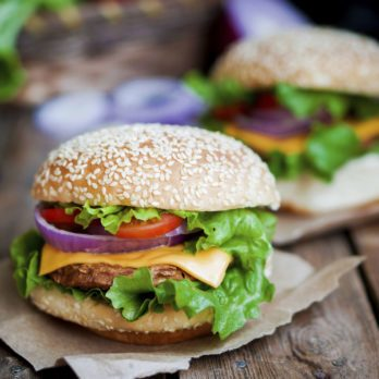Canada's 8 Greatest Burger Restaurants