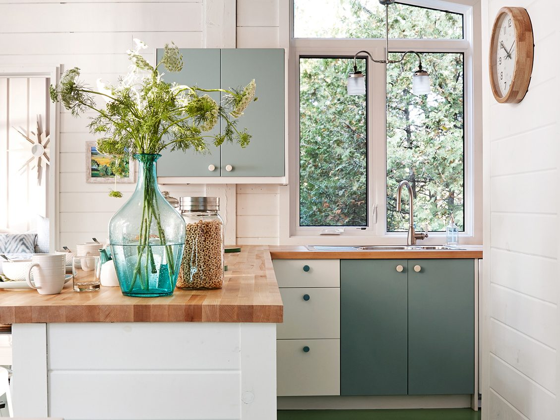 Thrifty decorating tip #5: Invest in cost-conscious countertops