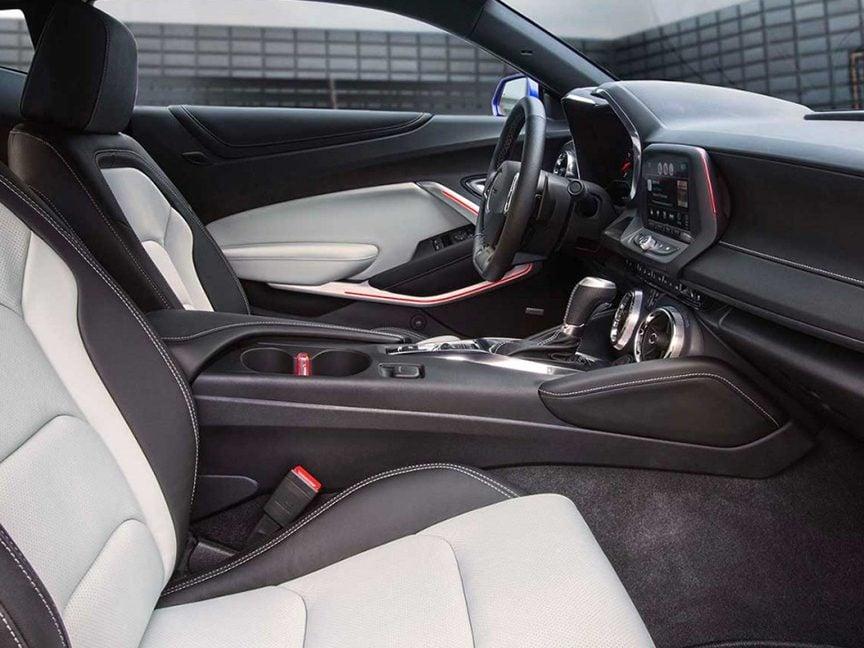 5. The 2016 Chevrolet Camaro convertible interior has been redesigned.