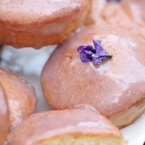 Candied Flowers in 4 Easy Steps