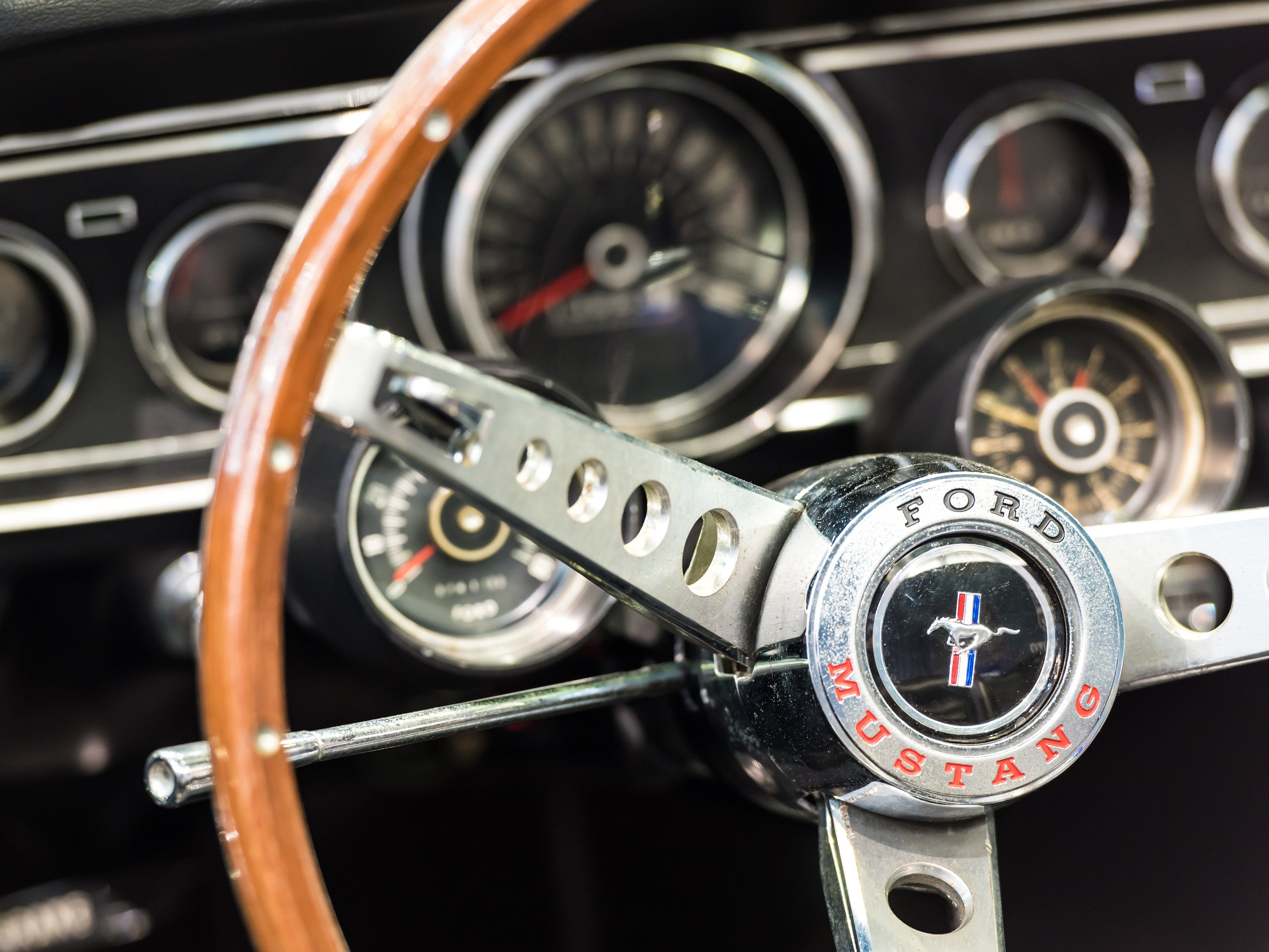 5 Best Smartphone Apps for Classic Car Lovers