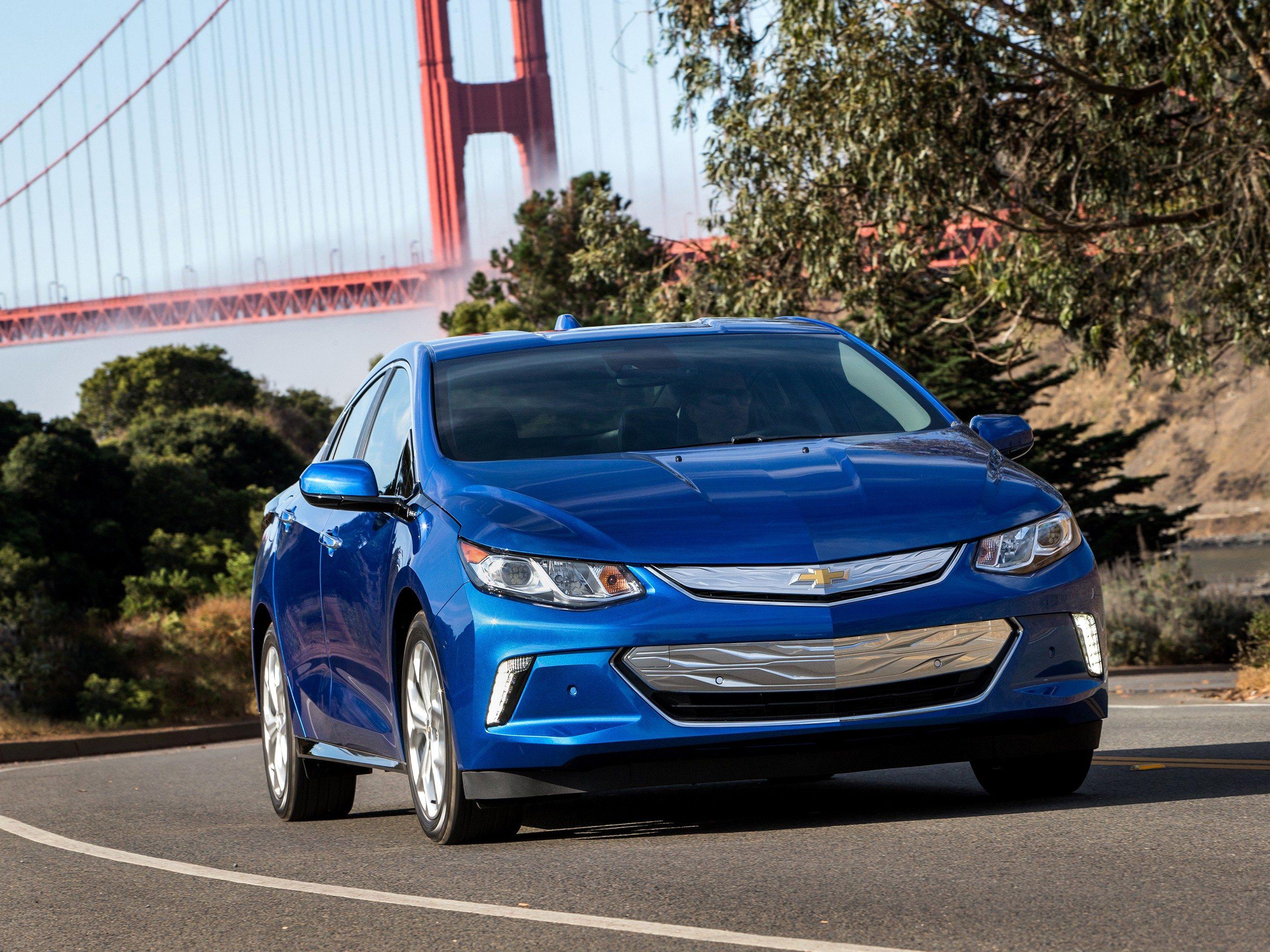 3. The 2016 Chevrolet Volt Has a Better Range