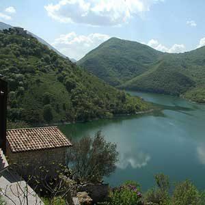 6. Centro Lago