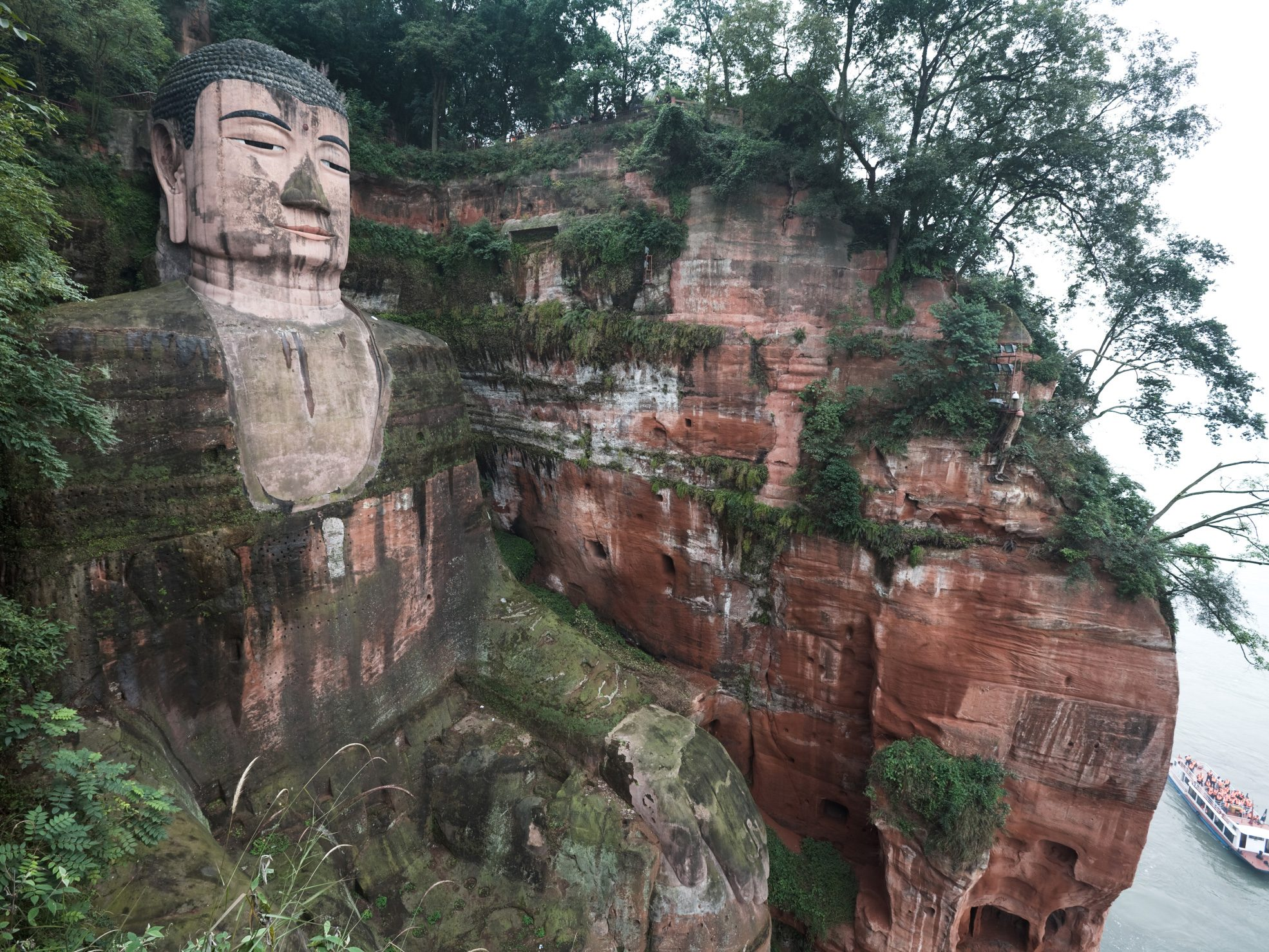 Amazing Monuments Around the Globe: Leshan Giant Buddha - China