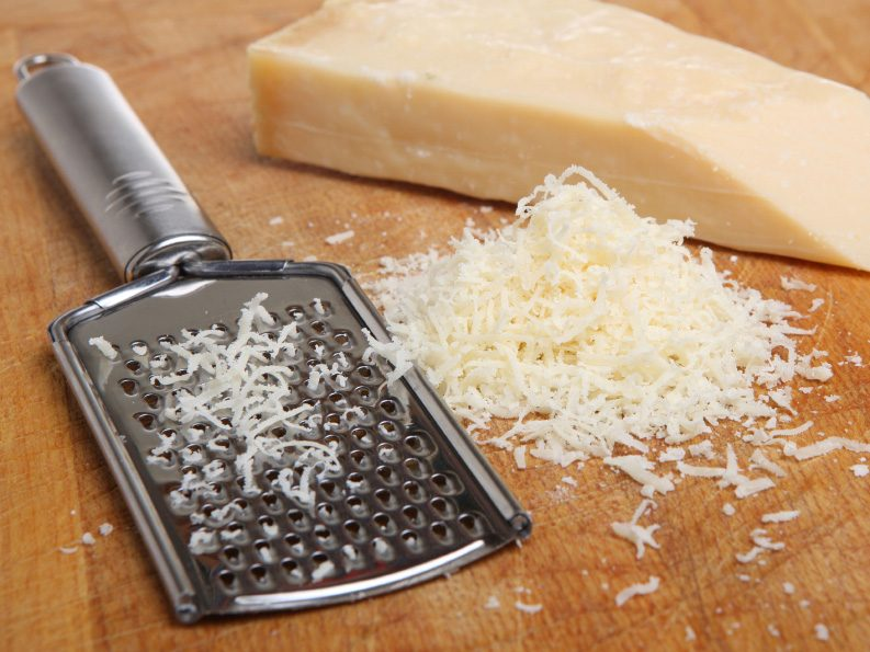 Kitchen Cleaning Tips: Clean A Cheese Grater