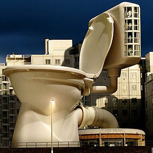 Best toilest in the world #6: King Kong's Toilet