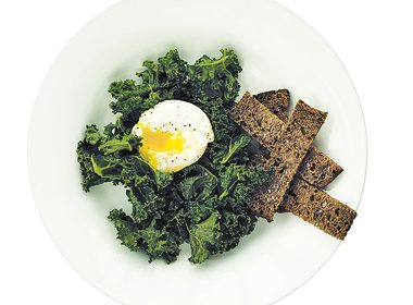 Poached Egg With Kale