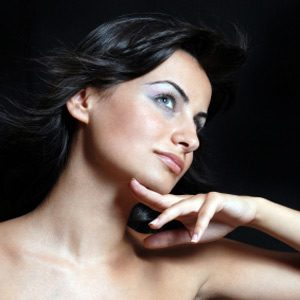Make-Up Trick #1: Instant Eye Lift