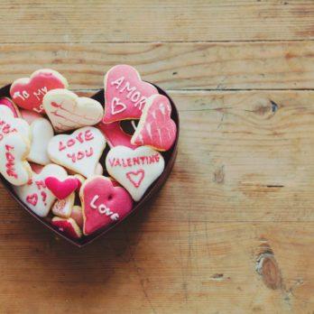 5 Low-Cost Ways to Celebrate Valentine's Day